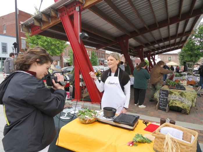 Market Lady 1.jpg